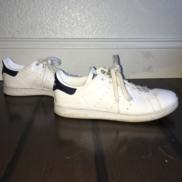 quality design 43cee 865e9 Stan Smith Navy Blue and White Adidas Size 7